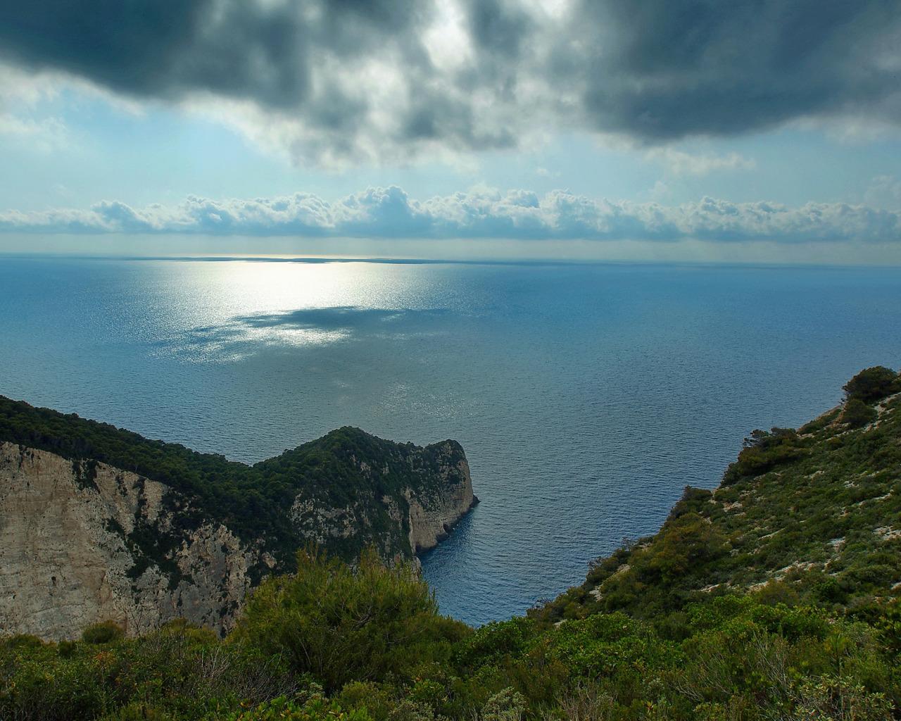 Горы у океана  № 1670847 без смс