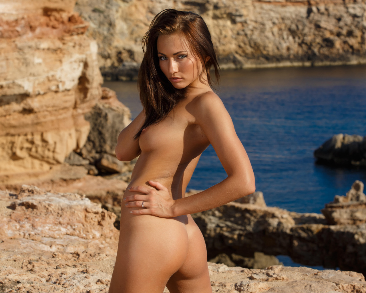 girl-nude-gallery