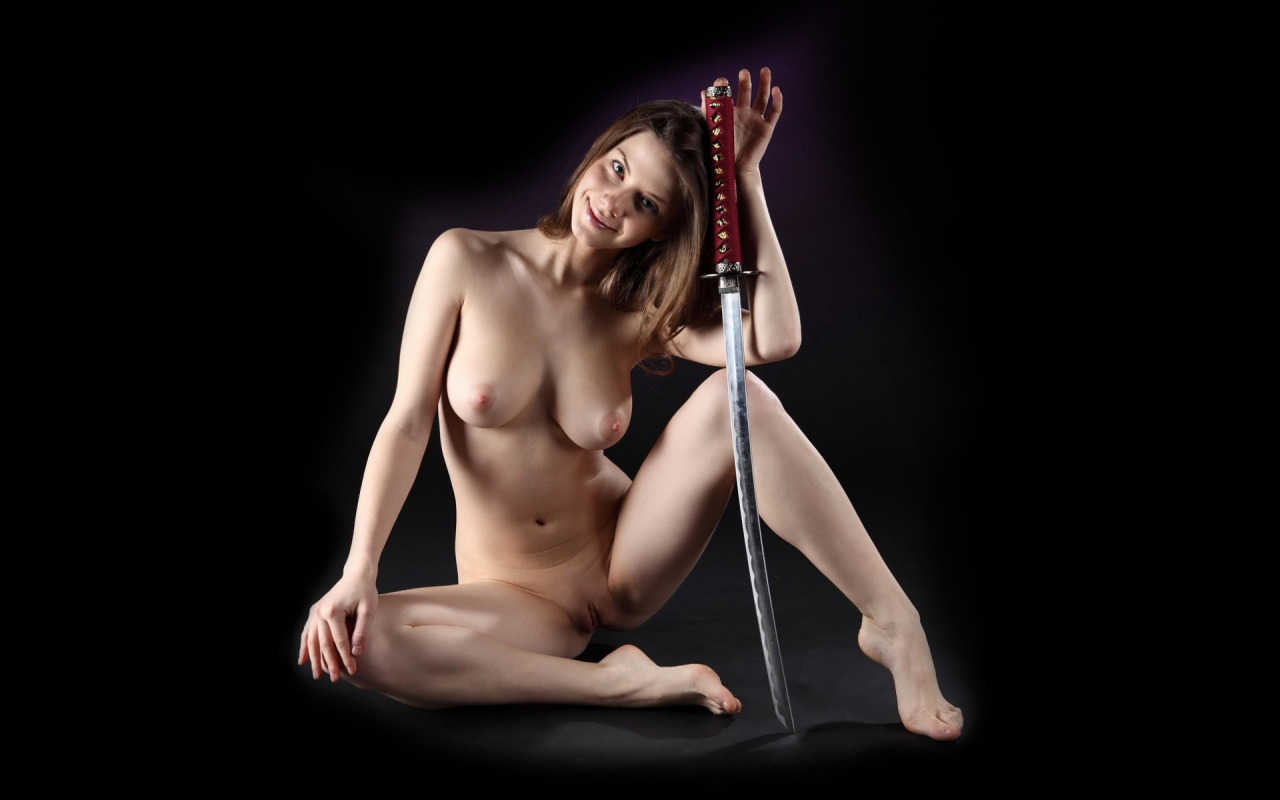 Голые японки с мечом порно #3