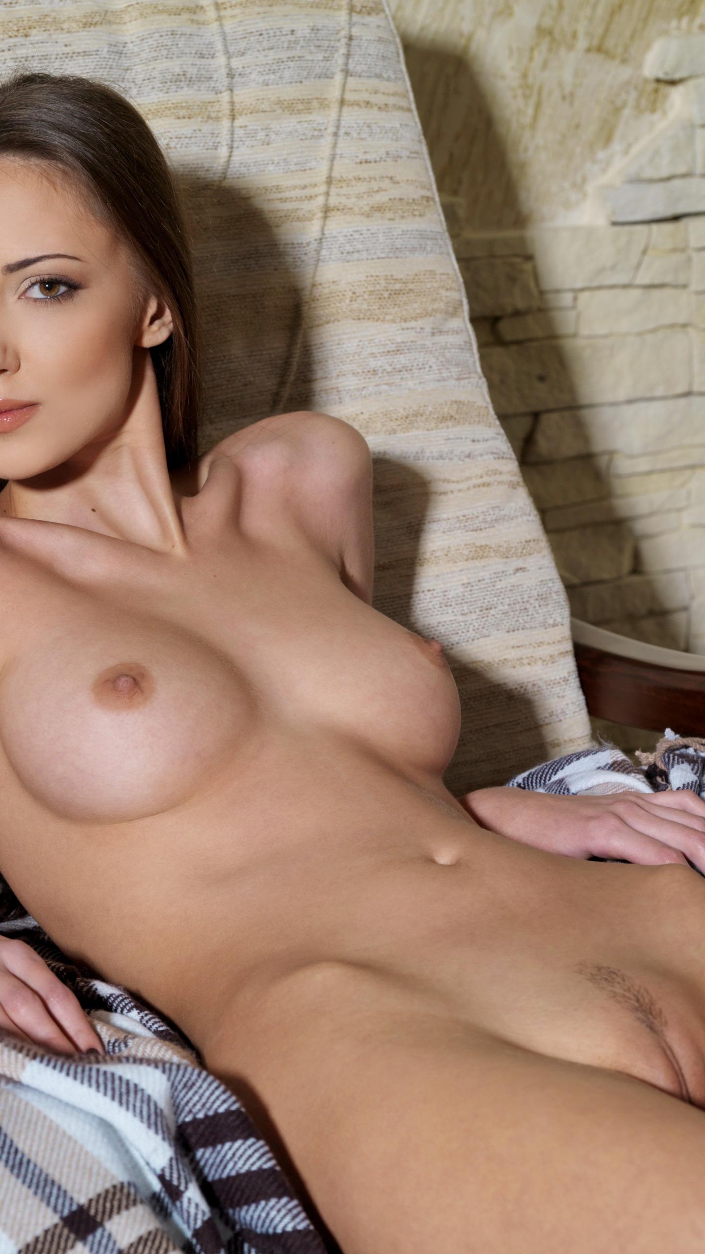 Парнуха голи