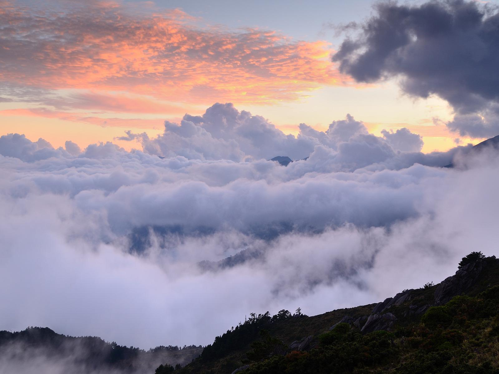 горы скалы небо облака высота природа  № 3352064 без смс