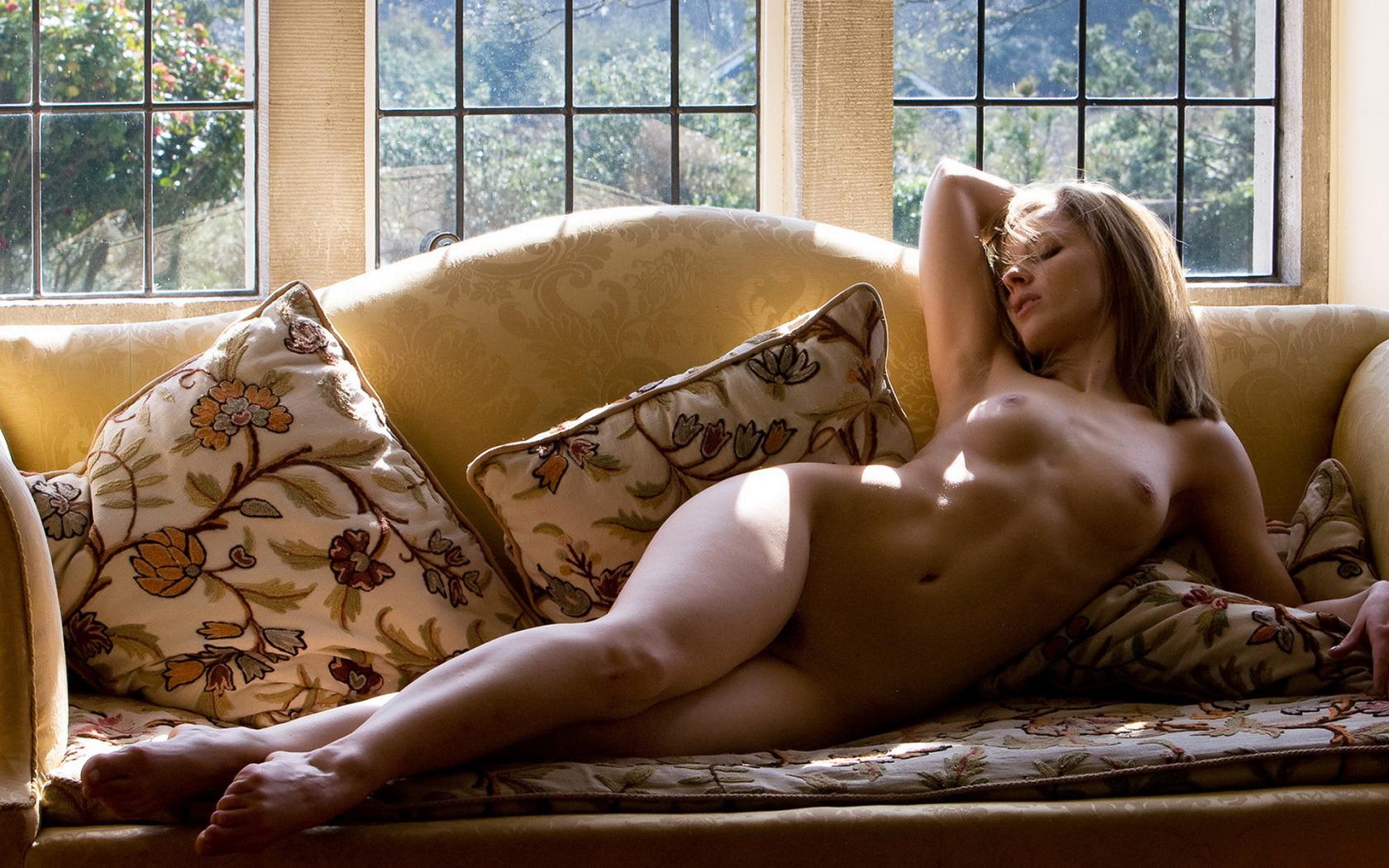 Эротика в одежде девушки, Секс в одежде популярные видео 18 фотография