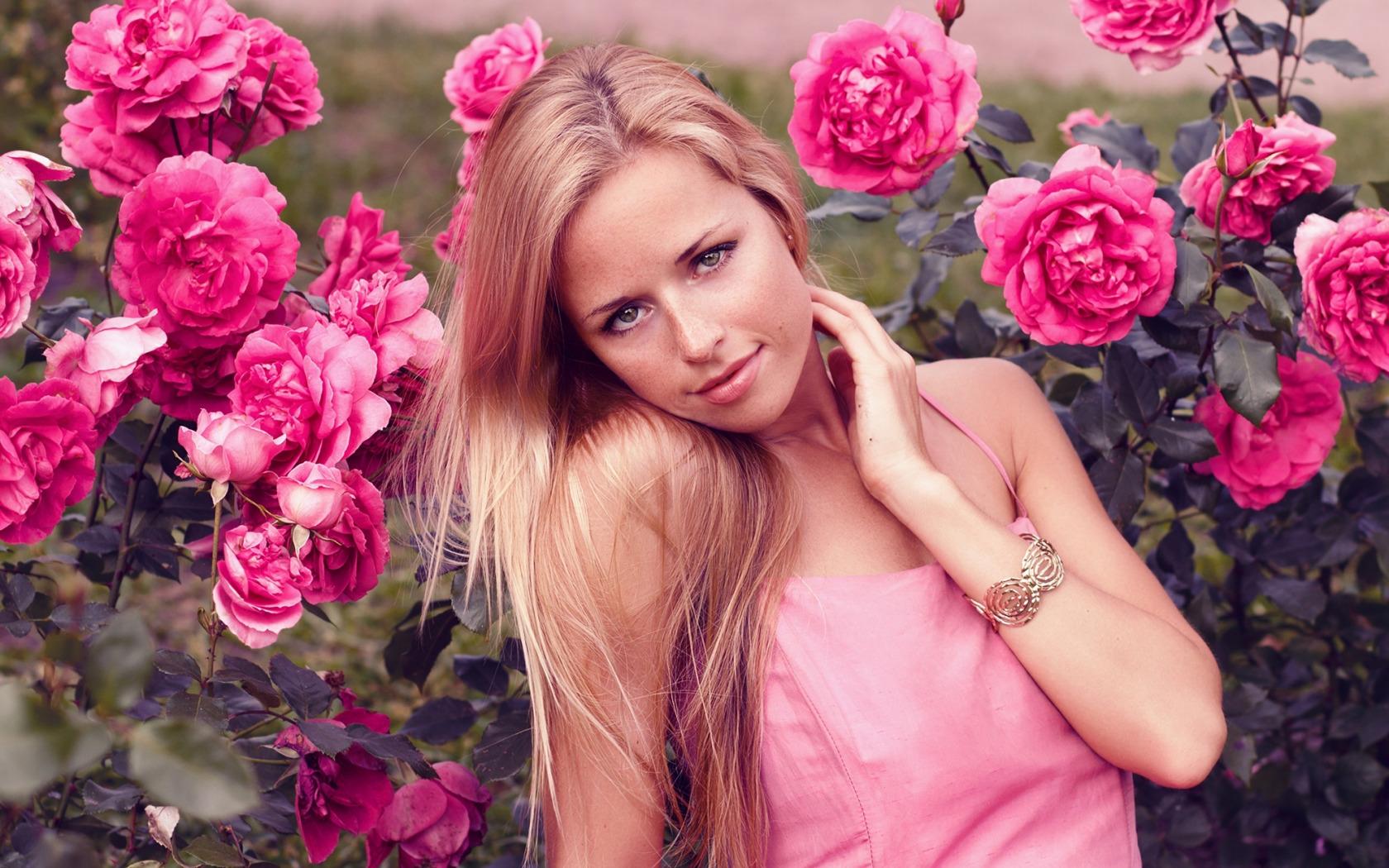 Фотосессия с цветами дома