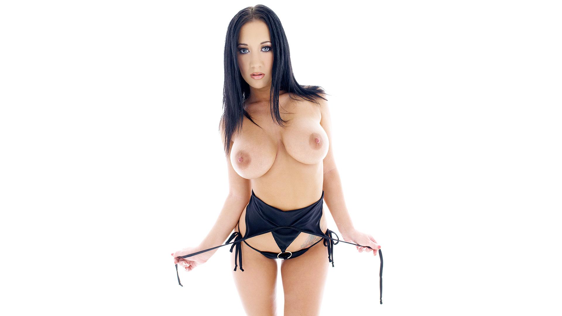 Jayden Wong Nude