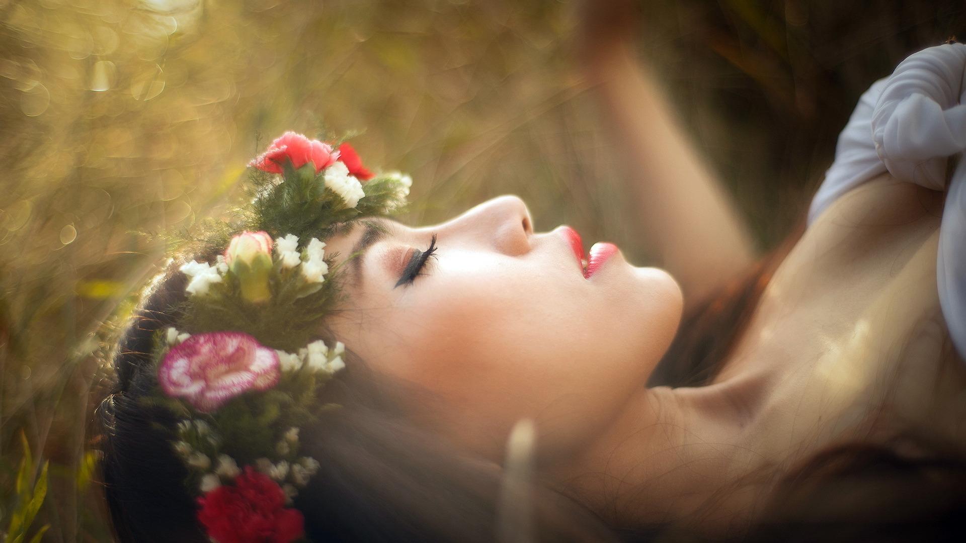 Девушка сон красота