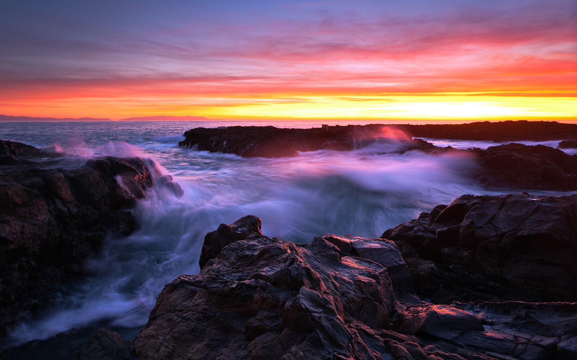 природа закат горы скалы море камни небо  № 616964 загрузить