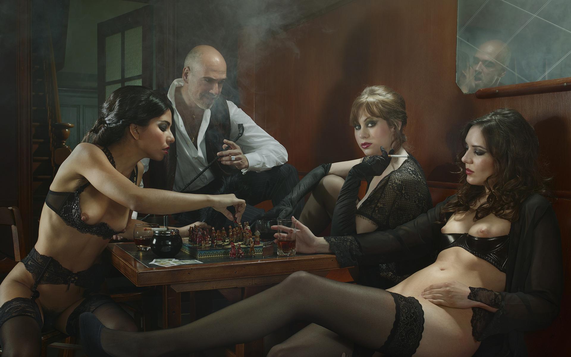 Эротика и проституция