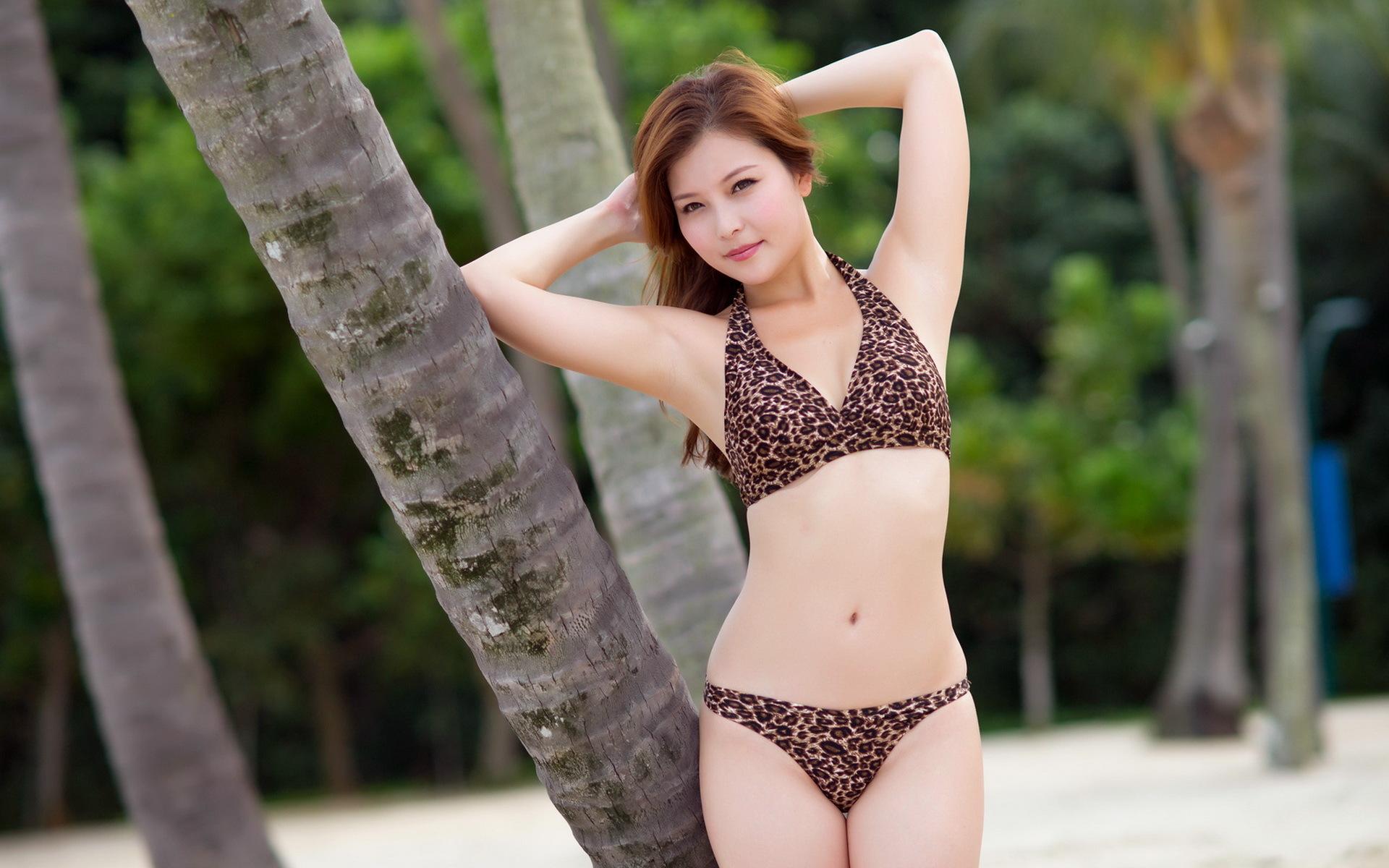 Chinese bikini models — photo 8