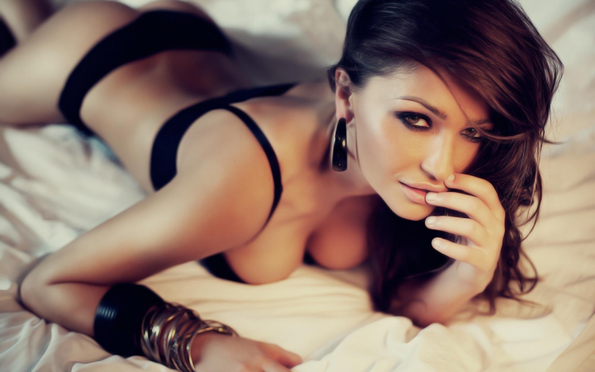 видео красивых девушек приваты довольна