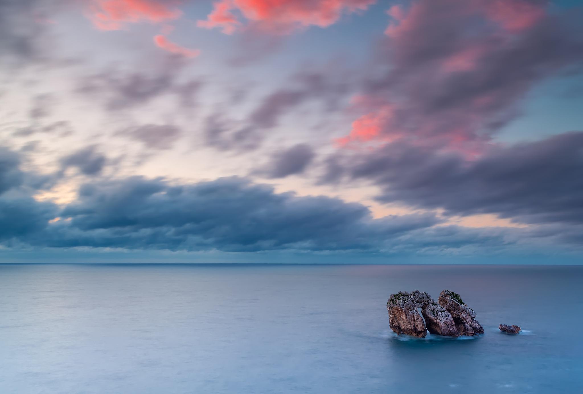 природа скалы море облака небо  № 857743 бесплатно