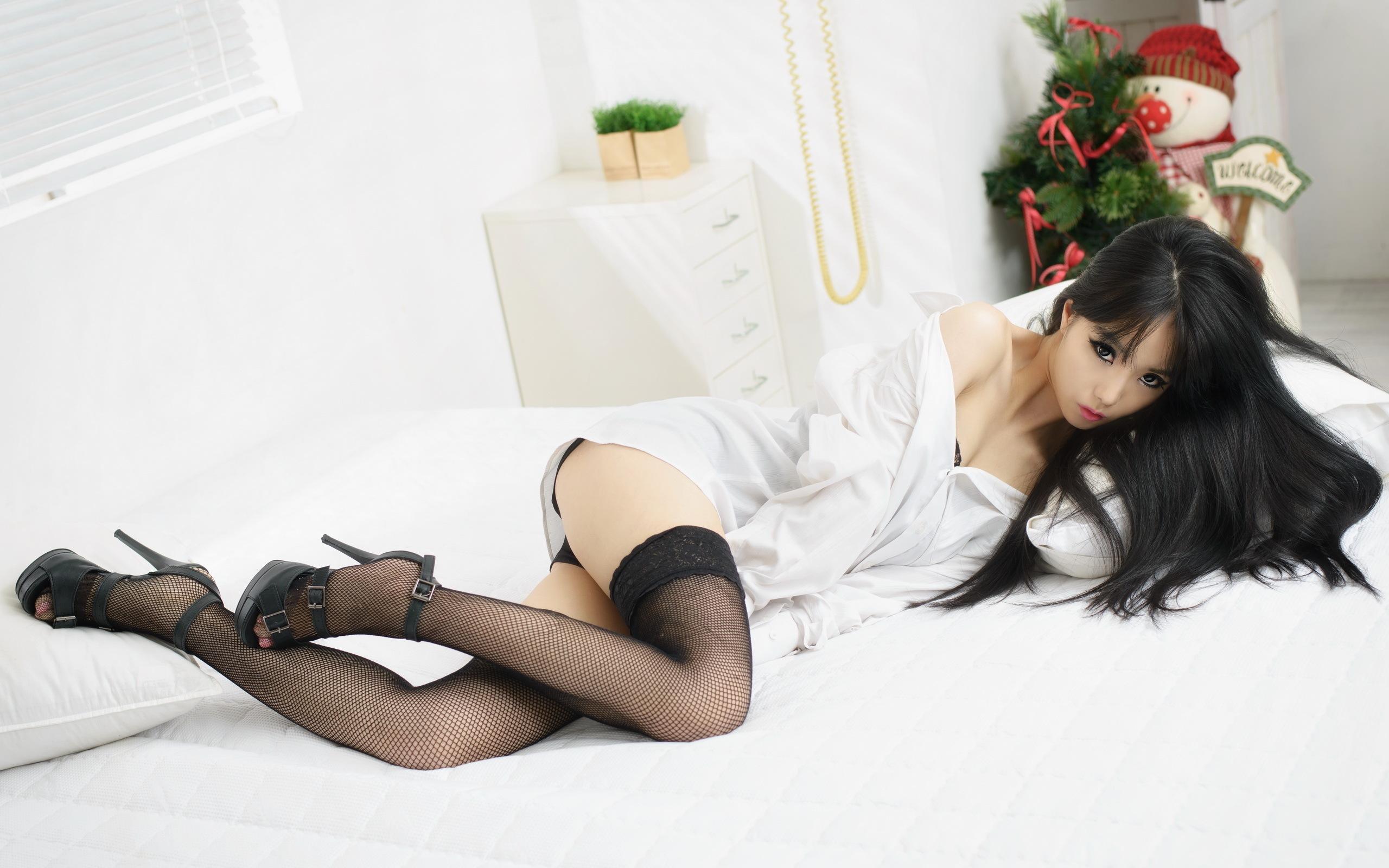 Порно инцест, секс брата с сестрой, сына с матерью online на 1porno.top