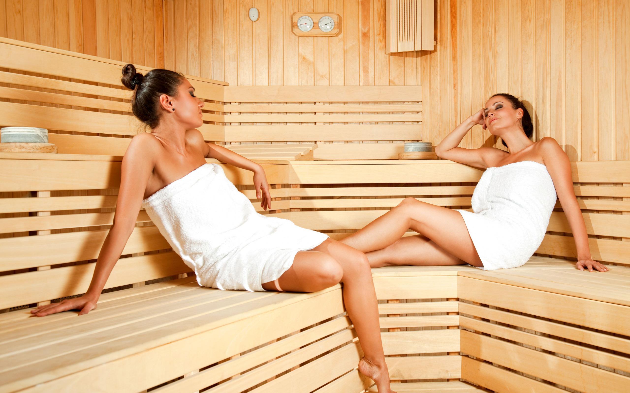 Секс девочки в бане 5 фотография