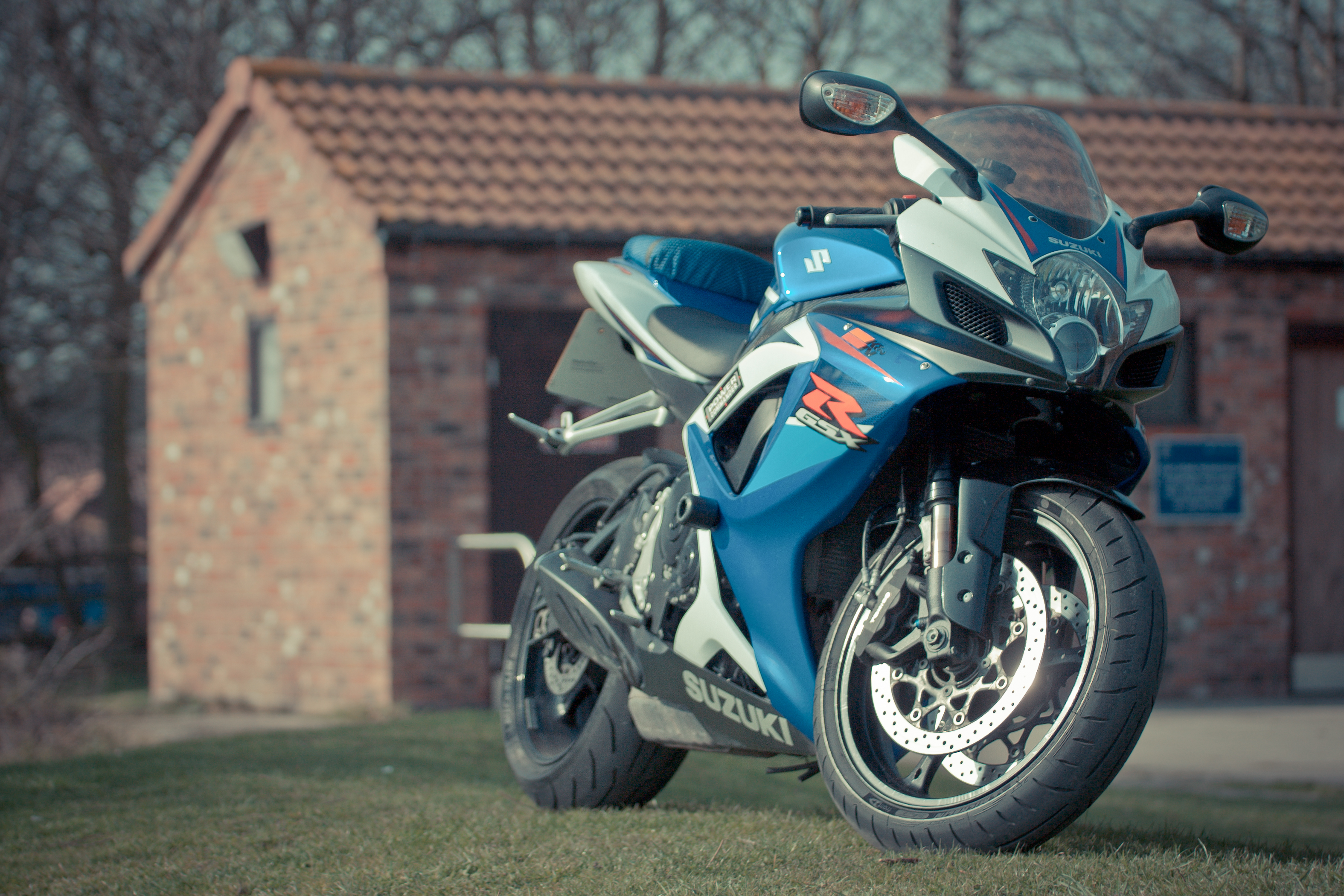 Suzuki moto  № 1582130 загрузить