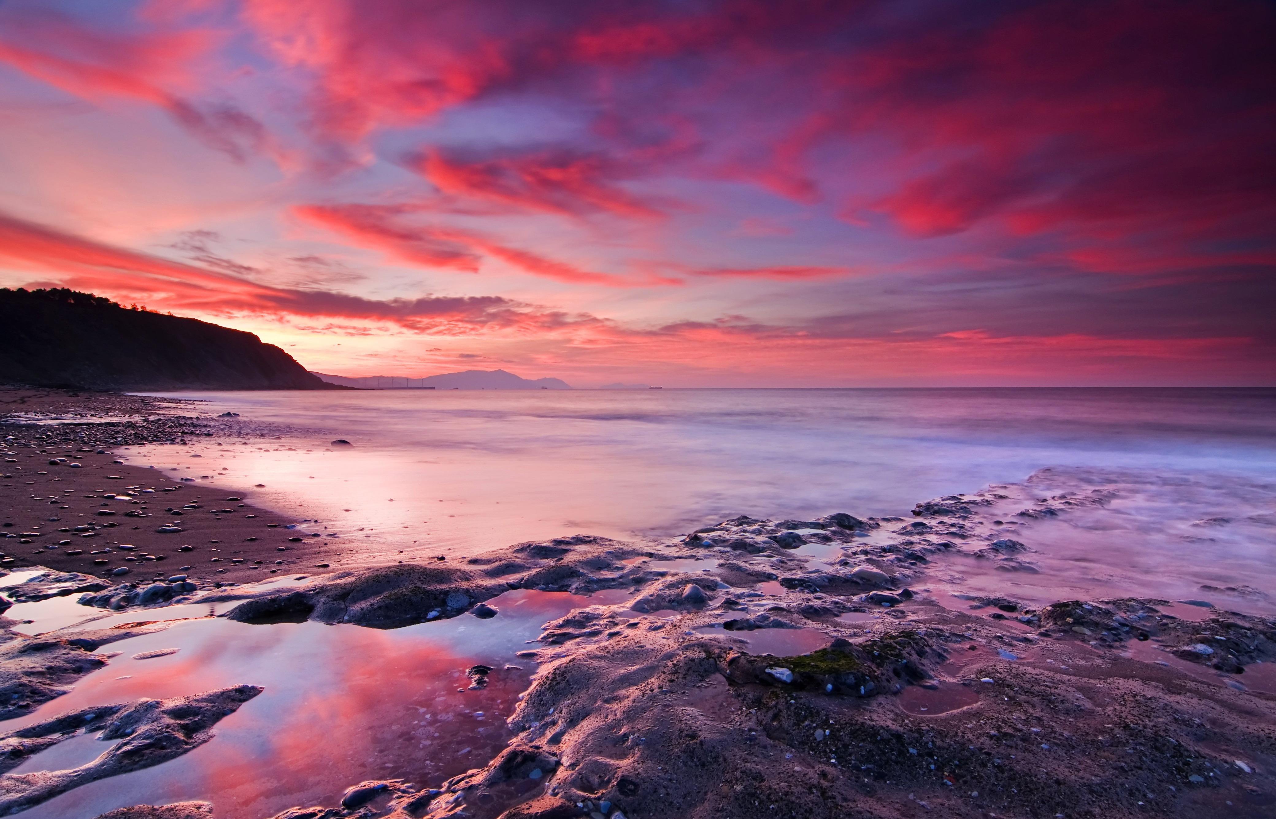 розовый закат, море, горы  № 3110105 без смс