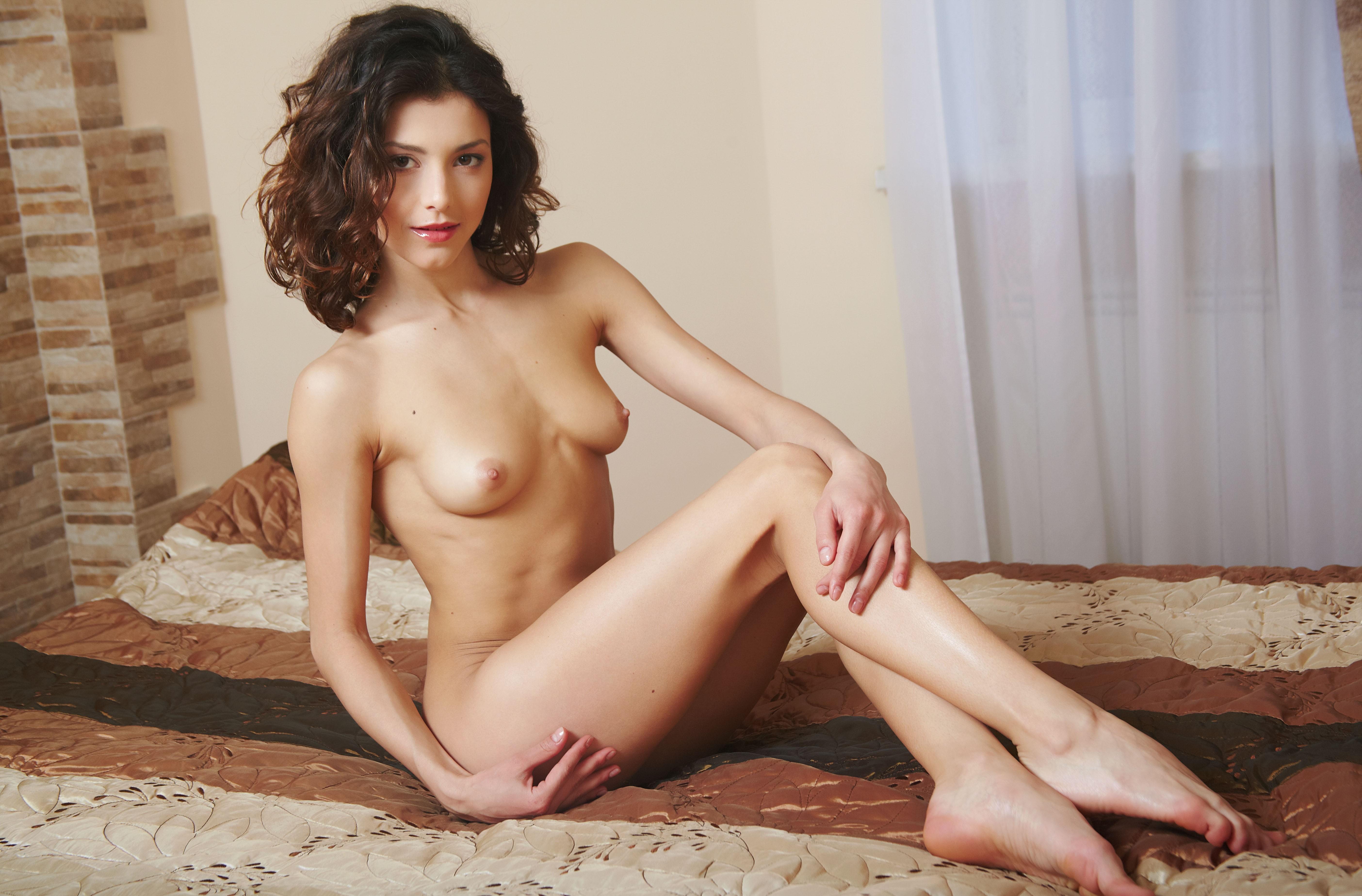 Фото голой проститутки красивой 3 фотография