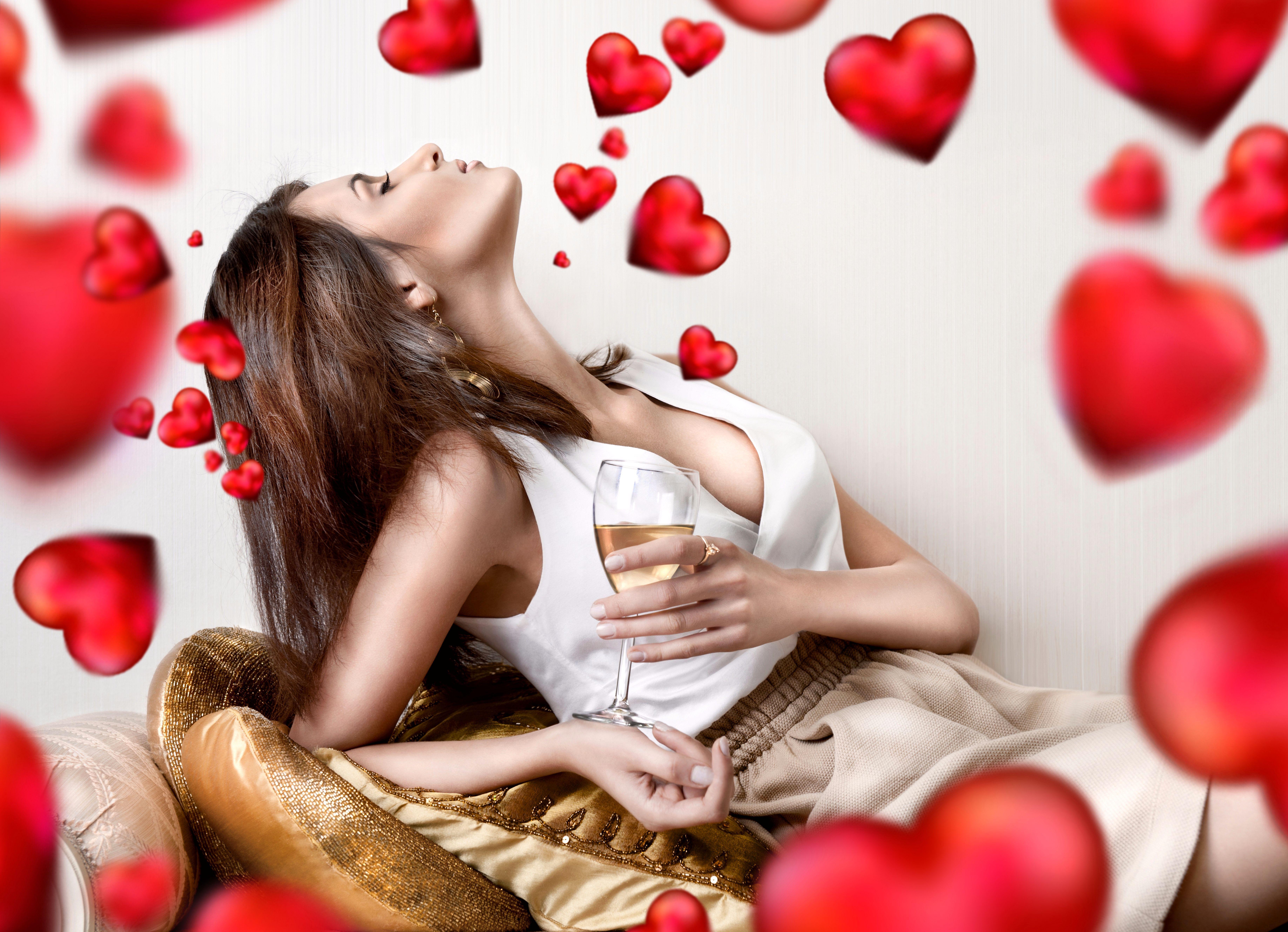 Сердце девушка обнимка  № 1659732 загрузить
