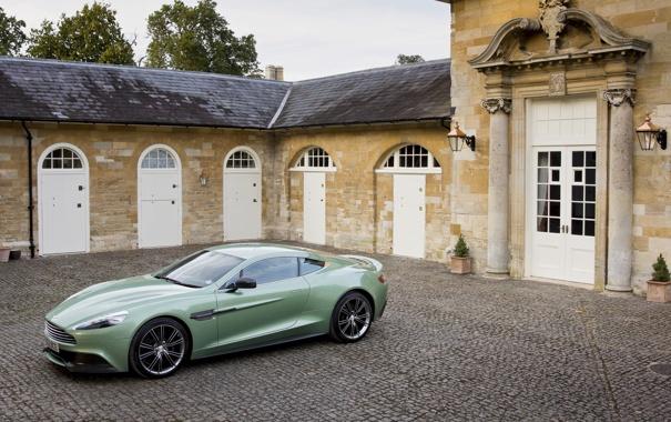 Фото обои Фисташковый, Автомобиль, Vanquish, Брусчатка, AM310, Aston Martin, Здание