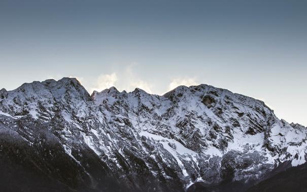 Фото обои небо, снег, деревья, горы, вершины