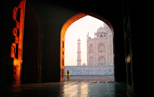 Фото обои National Geographic, landscape, woman, view, Taj Mahal, building, door