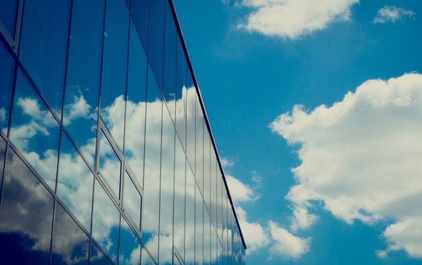 Фото обои небо, стекло, облака, Здание