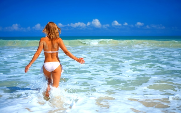 Порно онлайн блондинки фото на пляже со спины фотографии