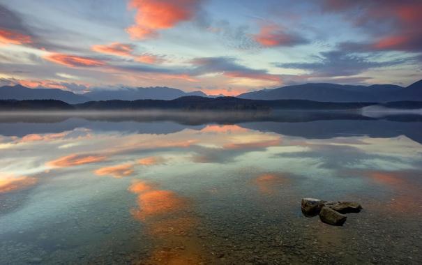 Фото обои небо, прозрачность, облака, закат, горы, озеро, отражение