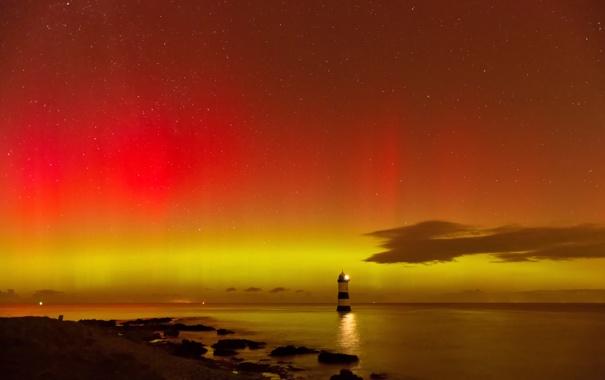 Фото обои море, небо, звезды, берег, маяк