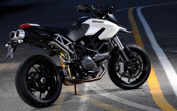 Фото обои белый, мотоцикл, Ducati, bike, дорога .