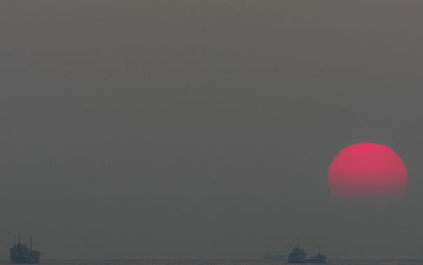 Фото обои море, небо, солнце, закат, корабль