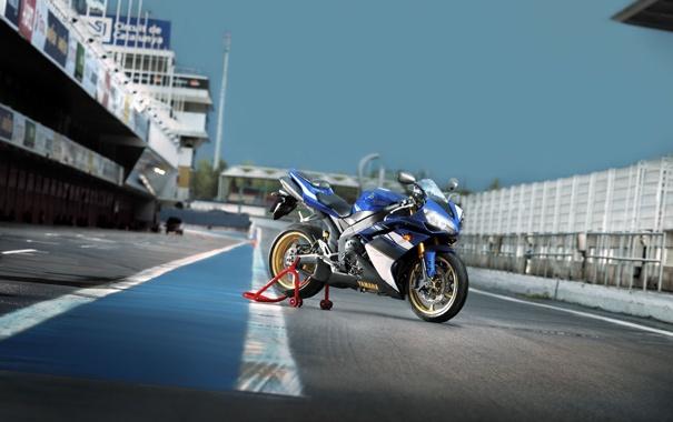 Фото обои дорога, спорт, трасса, мотоцикл, yamaha, moto, bike