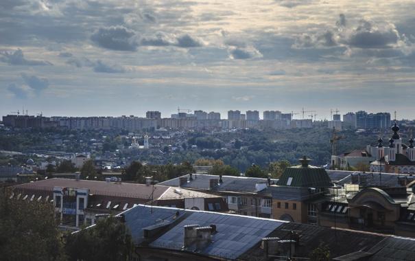 Фото обои небо, облака, город, крыши, Россия, Russia, Калуга