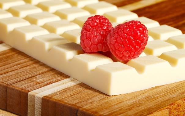 Фото обои белый, ягоды, малина, плитка, шоколад
