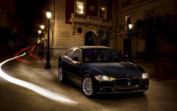 Фото обои Maserati, Quattroporte, Свет, Фонари, Лучи, Здание, Фары