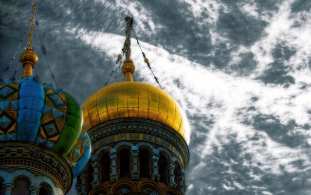 Фото обои Russia, Saint Petersburg, Onion Domes of Church of the Savior on Blood