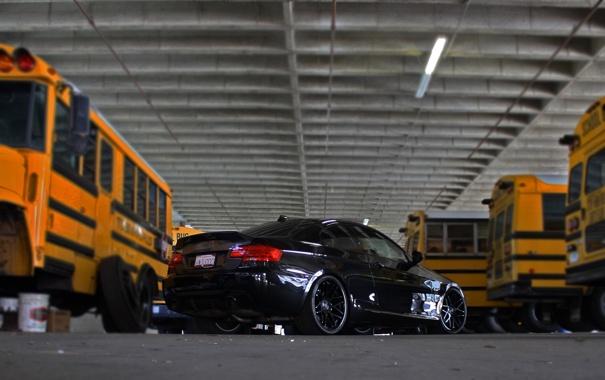 Фото обои чёрный, bmw, бмв, black, вид сзади, 335i, школьные автобусы