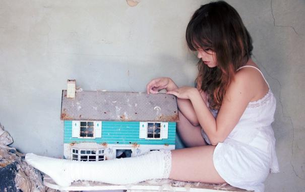 Фото обои девушка, дом, настроение