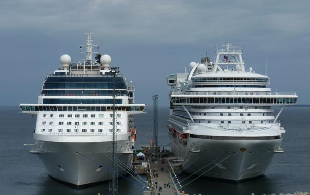 Фото обои море, пристань, корабли, гигантомания