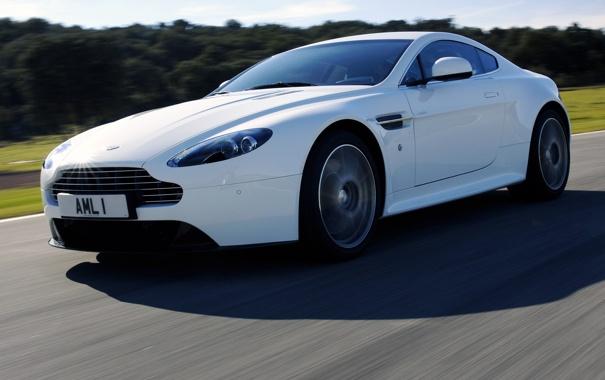 Фото обои машина, Aston Martin, скорость, трасса, Vantage S