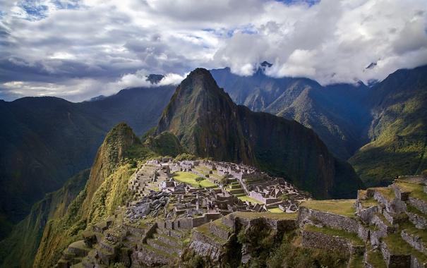 Фото обои небо, облака, горы, город, развалины, руины, Перу
