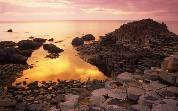 Фото обои Northern Ireland, County Antrim, useway at Sunset