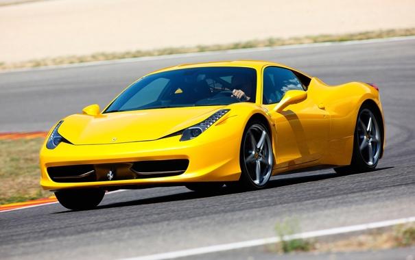 Фото обои фон, красотка, автомобиль, трек, роскошь, Ferrari 458 Italia