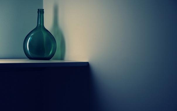 Фото обои стена, бутылка, минимализм