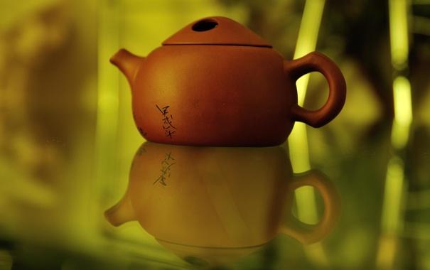 Фото обои иероглифы, отражение, чайник