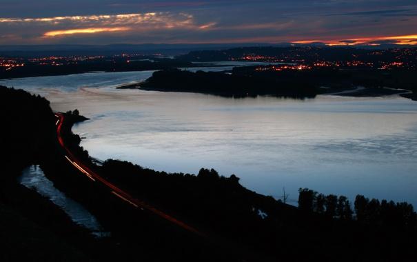 Фото обои дорога, небо, закат, город, огни, река, вечер