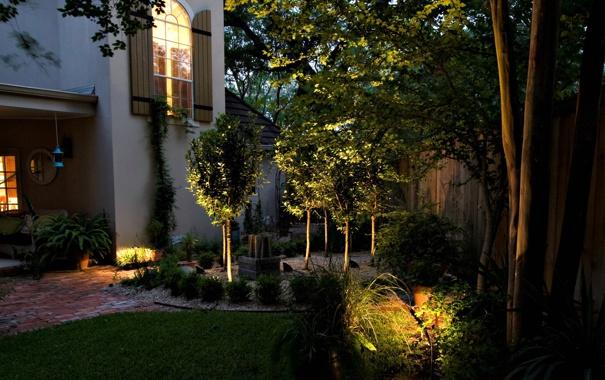 Фото обои деревья, дом, газон, забор, сад, кусты
