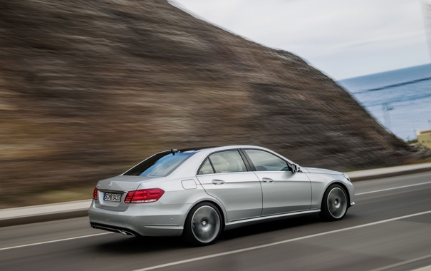 Фото обои Авто, Дорога, Мерседес, Серый, Серебро, Седан, Mercedes Benz