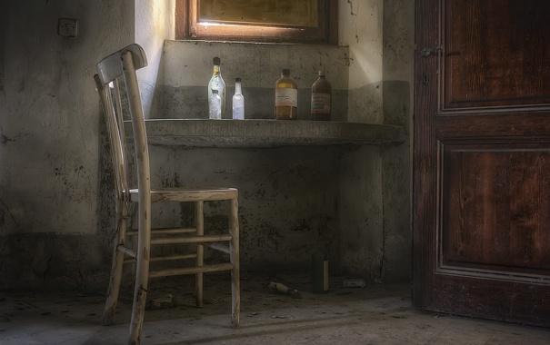 Фото обои дверь, окно, стул
