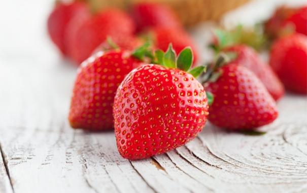Фото обои ягоды, клубника, red, красная, fresh, спелая, sweet