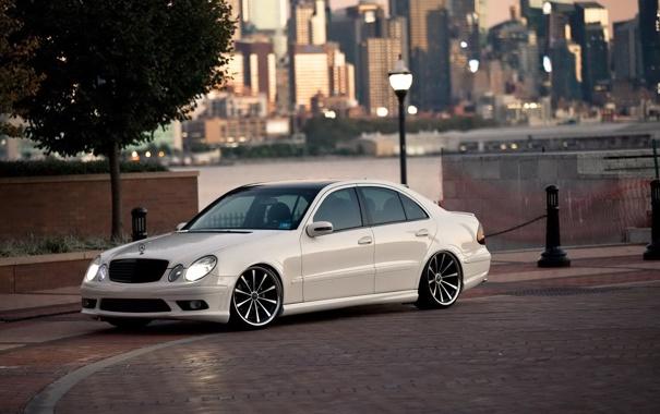 Фото обои белый, тюнинг, автомобиль, Mercedes Benz, мерседес, AMG, E Class