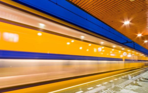 Фото обои город, метро, поезд
